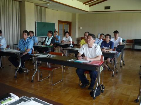 8月安全会議(乗降の際の安全確保)