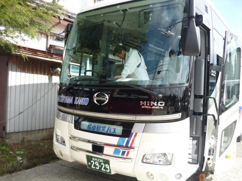 中型セレガ(正席33+補助7)新車DEBUET!!